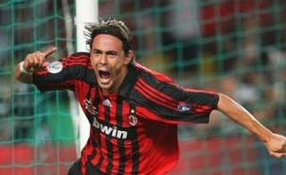 Inzaghi celebrates his goal