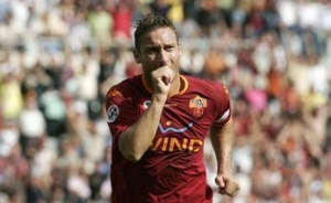 Francesco Totti celebrates his goal. The race for the topscoring title is ON!