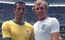 Carlos Alberto & Bobby Moore, captains of the 1970 World Cup Brazil & England teams
