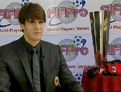 Kaká, age 25, winner of the FIFPro award for Best Player of the 2006-07 season