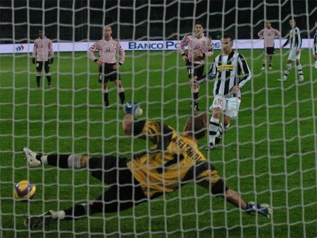 Juve 5-0 Palermo: Del Piero gets his double - a fifth Juve goal for good measure