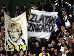 Ibrahimovic didn't get a very warm welcome in Turin, the ex-Juve player constantly booed throughout the game