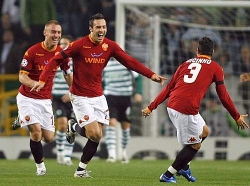 The Roma players celebrating the first goal… they'd celebrate again in the 90th