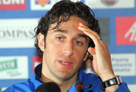 Luca Toni during his press conference in the days before Scotland-Italy