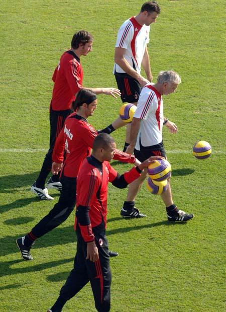 8.Milan keepers at work