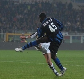 Mario Balotelli scores his first goal of the night