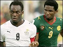 Michael Essien (left) with Samuel Eto'o