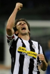 Alessandro Del Piero brilliant led his team to victory on Saturday night
