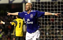 Everton's Andrew Johnson celebrates after scoring the opening goal of the match