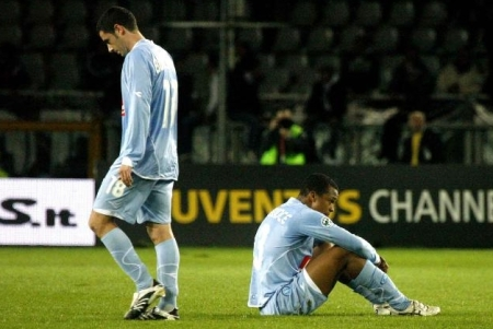 The Napoli players show their disappointment for letting a good point slip away in the final minutes vs. Juventus