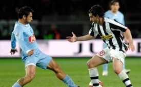 Tiago Mendes in action against Napoli