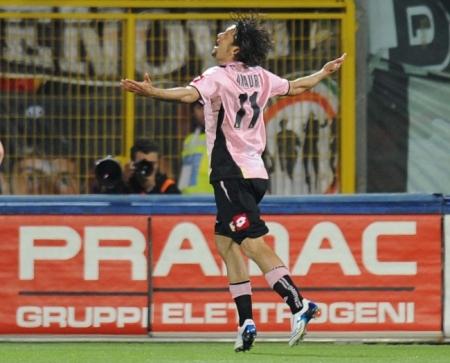 Amauri celebrates his goal vs. Juventus