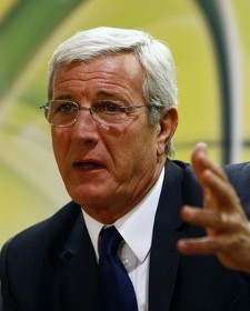 Italy's head coach Marcello Lippi attends a news conference at the Emirates Stadium in London February 9, 2009. Brazil are due to play Italy in a friendly soccer match in London on Tuesday.  (REUTERS)