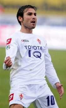 Fiorentina's Adrian Mutu reacts after scoring his second goal, during their Italian Serie A soccer match against Fiorentina in Bologna, central Italy, Monday, Feb. 2, 2009. (AP Photo by Gianni Schicchi)