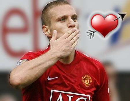 http://www.mcalcio.com/wordpress/wp-content/uploads/2009/02/vidic_blows-kiss_man-utd.jpg