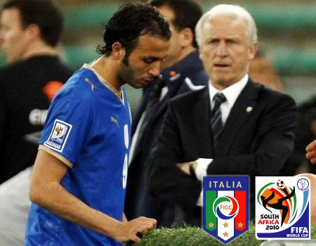 Italy's Giampaolo Pazzini leaves the pitch after receiving a red card as Ireland's coach Giovanni Trapattoni looks during their 2010 World Cup qualifying soccer match at the San San Nicola stadium in Bari April 1, 2009. (REUTERS)